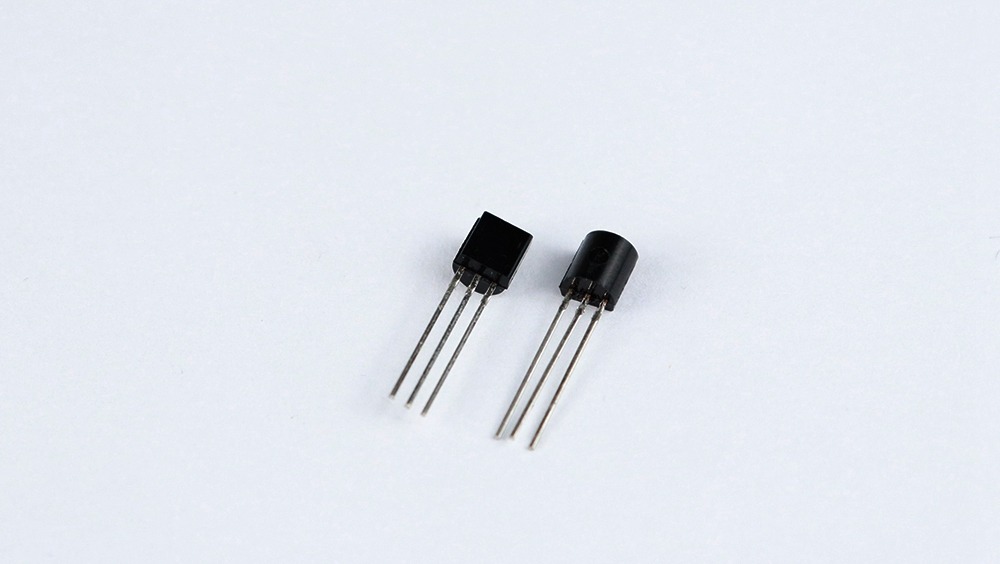 5pcs/lot LM35DZ TO92 LM35 TO-92 LM35D Precision Centigrade Temperature Sensors In Stock