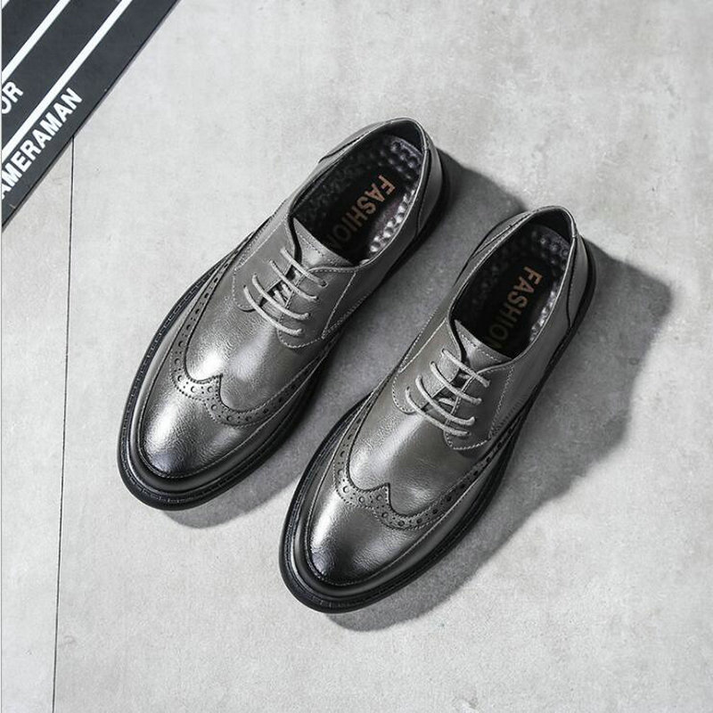 New Fashion Men Business Formal Dress Casual Flats Shoes  Men Wedding Shoes Leather Oxfords Round Toe Shoes  LE-32