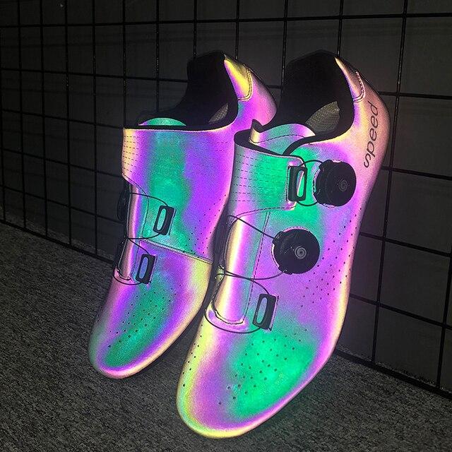 2020 nova estrada borracha-sola sapatos de ciclismo ultra-leve antiderrapante profissional auto-bloqueio sapatos esportes ao ar livre efeito fluorescente 2