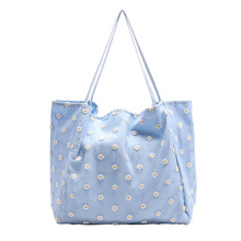 цена на All-match small fresh handbag net red daisy embroidery canvas bag simple fashion large capacity shoulder bag Cartoon Printing