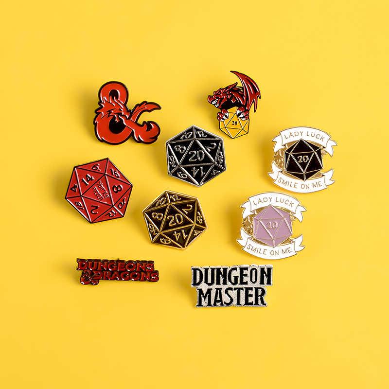 Dragão e dungeon pinos de jogo dragão vermelho logotipo do jogo lapela pino crachá polígono vermelho ouro prata dados esmalte broches camisa saco jóias