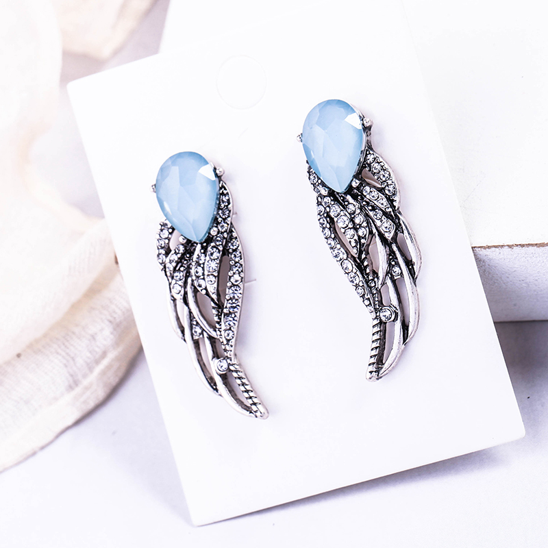 Hollowed Out Crystal Wing Stud Earrings For Women Korean Fashion Light Blue Water Drop Jewelry Brincos Accessory
