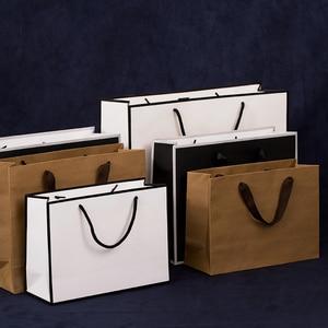 Image 4 - 10 個大白とクラフト紙包装袋衣服のギフト紙袋ハンドル小さな黒紙ショッピングバッグ