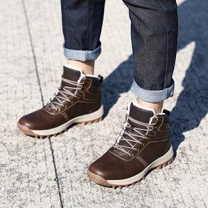 Image 2 - QGK zimowe ciepłe męskie buty z prawdziwej skóry futro Plus size mężczyźni śnieg buty Handmade wodoodporna pracy kostki buty wysokiej góry męskie buty