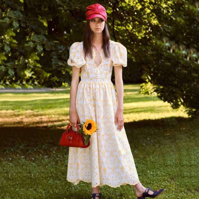 DEAT 2020 New Spring Fashion Women V-neck Short Puff Sleeve Print Dress Vintage Loose Embroidery Mid-length Dress Tide PD137