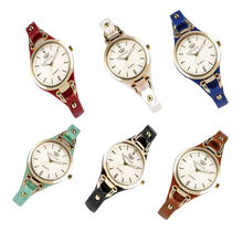 Женские часы с заклепками в стиле панк Кварцевые Ретро кожаным