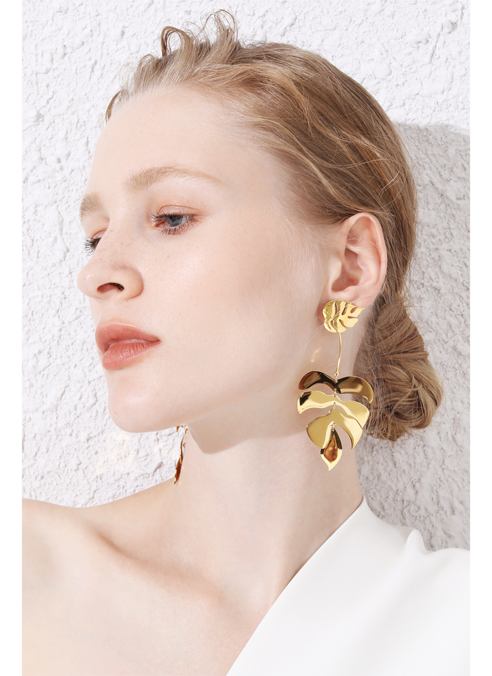 Gold Dangle Leaf Earrings