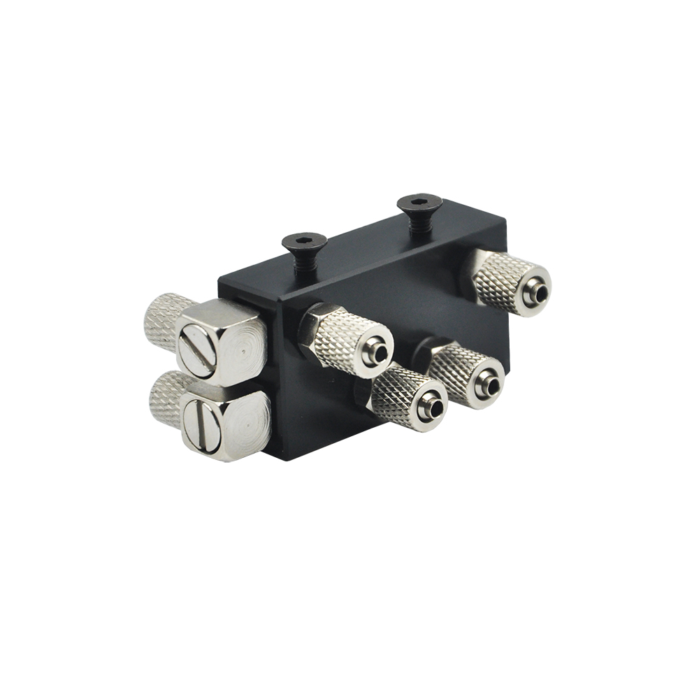 One-in Two-out Hydraulic Oil Distributor Integral Three-channel For 1/14 RC Metal Excavator Arm Part