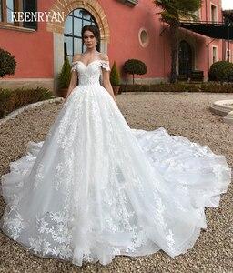 Image 1 - יוקרה תחרה חתונה שמלת 2020 מתוקה Robe דה Mariee Custom להפוך Chaple רכבת חתונת שמלות Vestido דה Novia