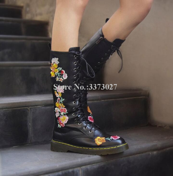 New Black Leather Embroidered Flat Short Boots Women Lace-up Platform Mid-calf Boots Lady Best Design Flower Decor Snow Booties