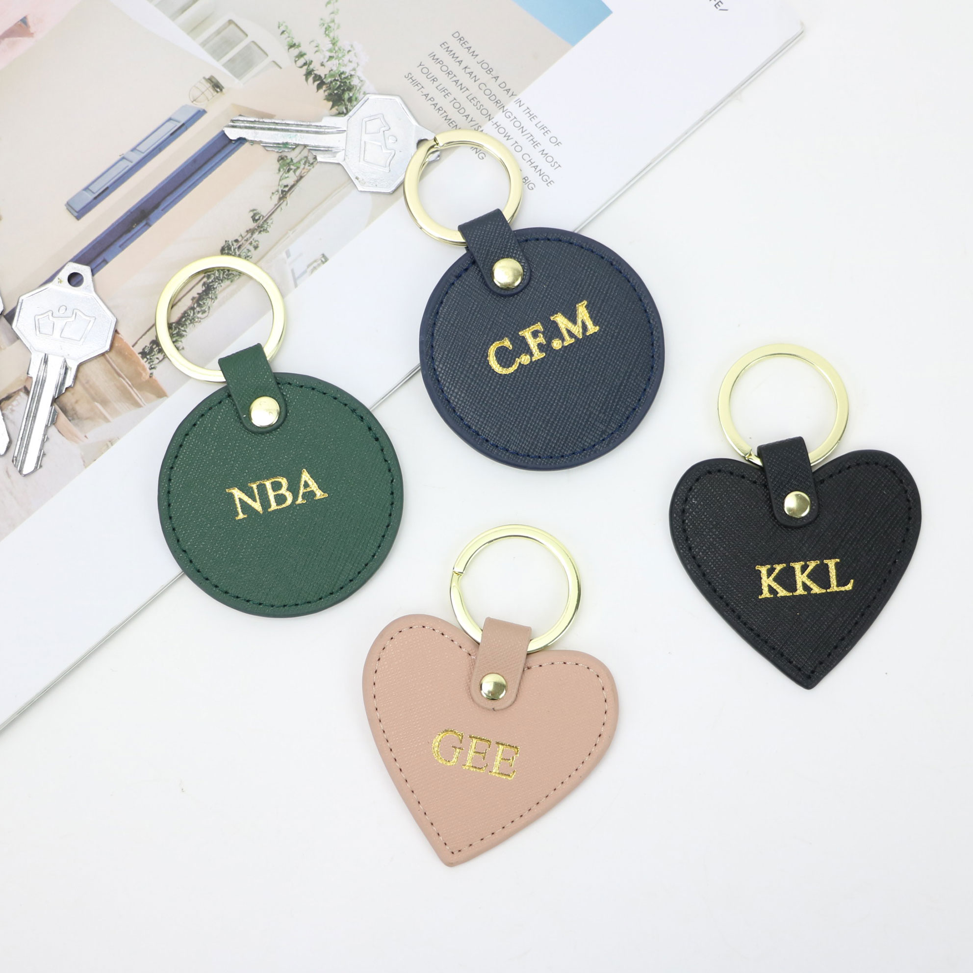 Free Custom Initial Letters Girls Saffiano Leather Keychain Round Key Ring Female Key Chain Gift With Monogrammed Letters
