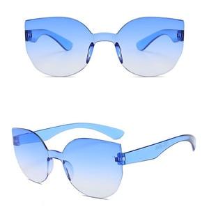 Image 2 - TTLIFEใหม่แฟชั่นผู้หญิงCat Eyeแว่นตากันแดดยี่ห้อDesignerแว่นตาสีCandyกระจกแว่นตาOculos De Sol YJHH0207