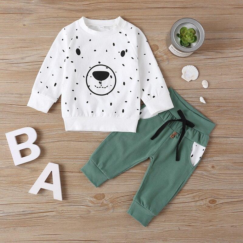 urso dos desenhos animados crianças meninos roupas