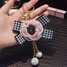 Famous Brand Keyring Black White Leather Camellia Flower Keychain Women Fashion Key Chains Girl flore Bag Charm