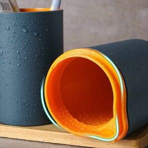 Image 4 - Портативный Дорожный Чехол для семейной зубной щетки, коробка в виде капсулы для зубной пасты, кружка для рта, дорожный контейнер для зубной щетки, Набор чашек для мытья