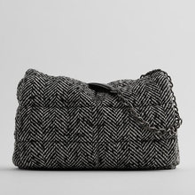Повседневная женская сумка через плечо с цепочкой дизайнерская
