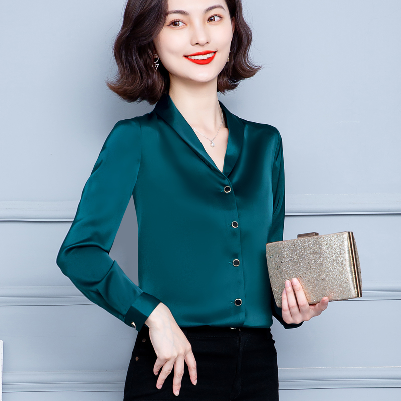 Korean Satin Silk Shirts Women Long Sleeve Shirts Woman Solid Blouse Tops Plus Size Office Lady Silk Shirt Elegant Women Blouses