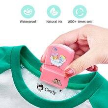 Custom-Made Baby Name Stempel DIY für Kinder Name Dichtung Student Kleidung Kapitel Nicht Einfach Zu Verblassen Sicherheit Name stempel Aufkleber Geschenk