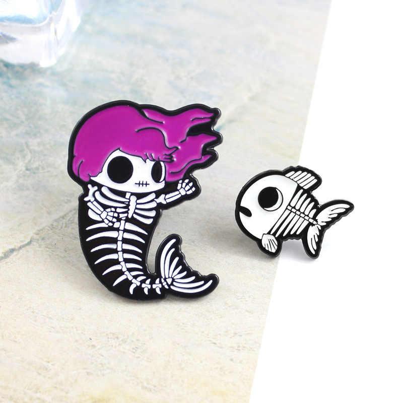 Mermaid โครงกระดูกปลากระดูกเข็มกลัดป้ายเคลือบ Pin Badge บุคลิกภาพของขวัญแฟนตาซีฮาโลวีน Party Decor เสื้อผ้า 1PC