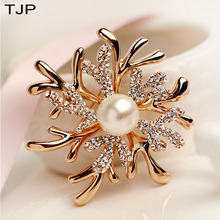 TJP Antlers Pearl Coral Flower Womens Brooch New Year Dress Accessories Broches Women