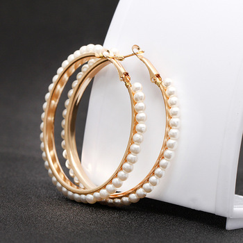 Europe and the United States 2019 new hot sale geometric exaggerated pearl big circle pendant women's earrings fashion jewelry 4
