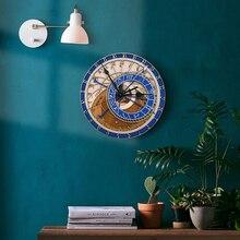 クリエイティブウォールクロックプラハ天体木製時計リビングルームの壁時計クォーツ時計ホームdecoratio木製クロック壁
