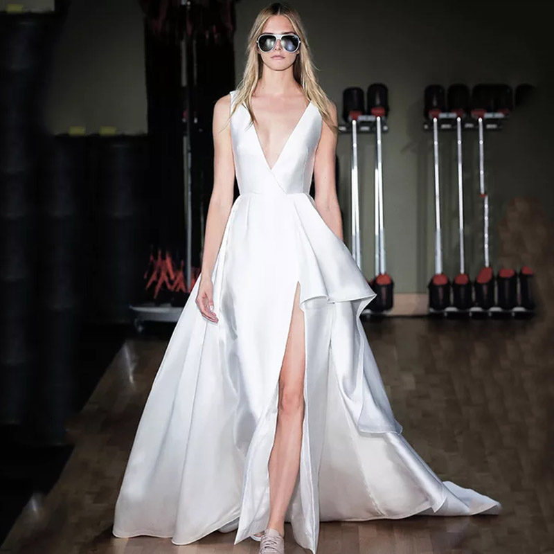 Eightree Satin Wedding Dresses 2019 A Line V Neck Wedding Gowns High Slit Vestido De Noiva Backless Bride Dress Robe De Soiree