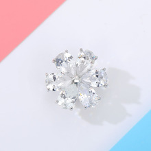 Zircon Flower Brooches For Women Cute Crystal Rhinestone Floral Brooch Pins Shining Stone Pin Jewelry Best Gifts for Your Girl blucome shining big green flowers brooches for women vintage crystal brooch corsage women sweater hats scarf suit jewelry pins