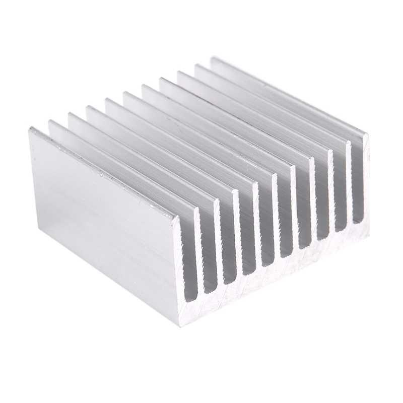 الفضة لهجة الألومنيوم برودة المبرد الحرارة بالوعة غرفة تبريد 40x40x20 مللي متر