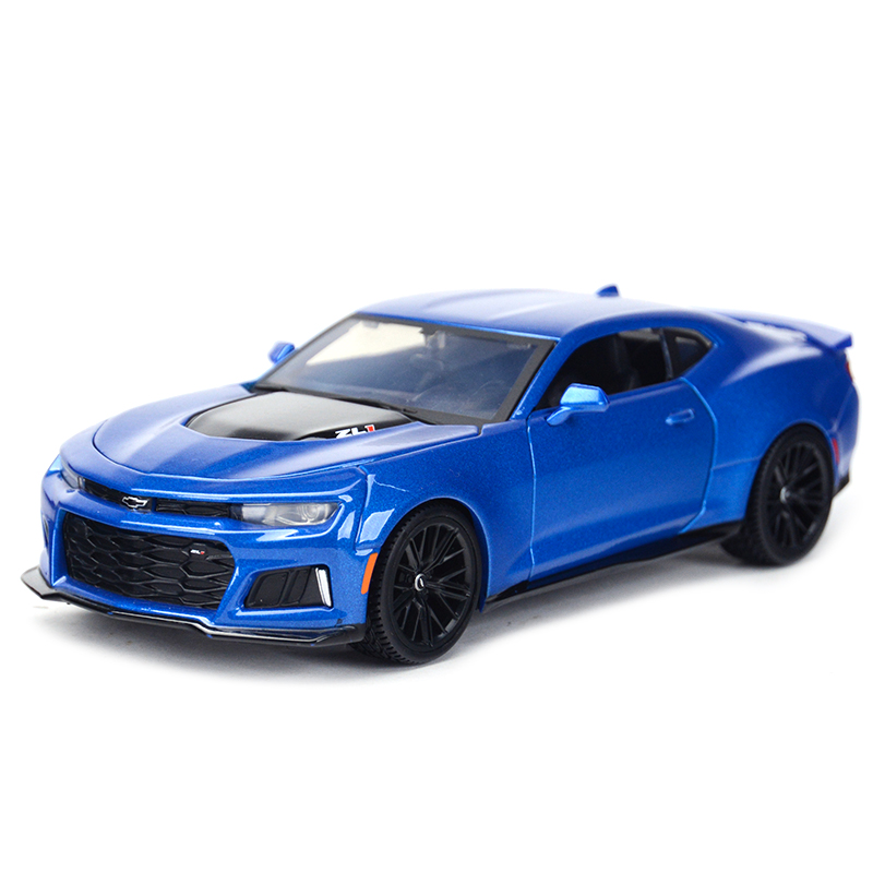 Maisto 1:24 2017 <font><b>Chevrolet</b></font> Camaro ZL1 Sports Car Static Simulation Diecast Alloy Model Car image