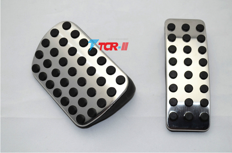 2pcs Mercedes Benz Gas Brake Pedal Set For W176 W245 W246 A150 A160 A180 A200 A45 B180 B200 B220 B250 AT