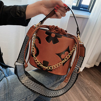 Louis Brand Famous Designer Women Bags 2019 New Panelled Wide Strap Shoulder Messenger Bags High Quality Women Purse and Handbag