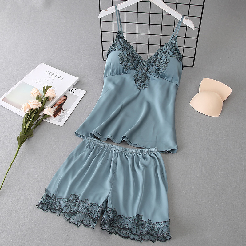 2019 Summer Women   Pajamas     Sets   with Shorts Sexy Satin Lace Pyjama Nightsuits Sleeveless Pijama with Chest Pads