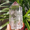 Редкий Натуральный прозрачный камень внутри камня кварцевый кристалл точечное заживление