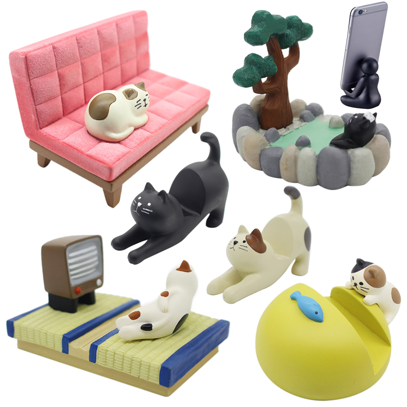 Japan Cute Kawaii Cartoon Maneki Neko Calico Black Cat Stretch Watching TV Hot Spring Bath Phone Holder Figures Desktop