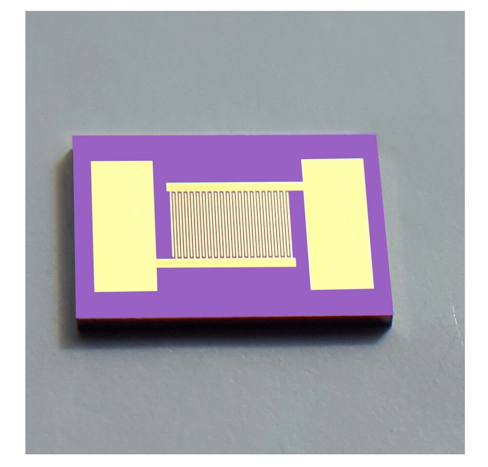 Single Crystal Silicon Fork Finger Electrode Photoelectric Detection Gas Humidity Biosensor Chip MEMS High Precision