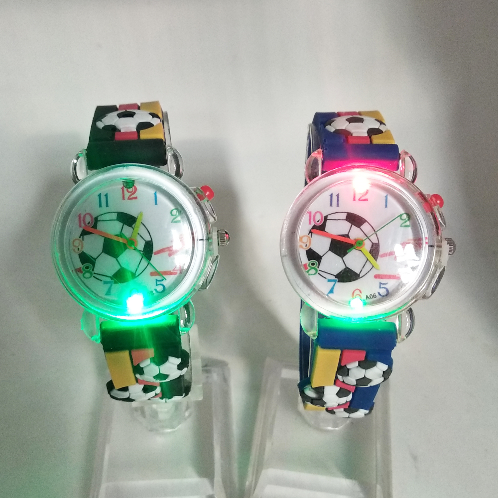 New Flash Glow Football Pattern Children's Watch Electronic Light Source Girls Boys Gift Clock Kids Wrist Watches Children Watch