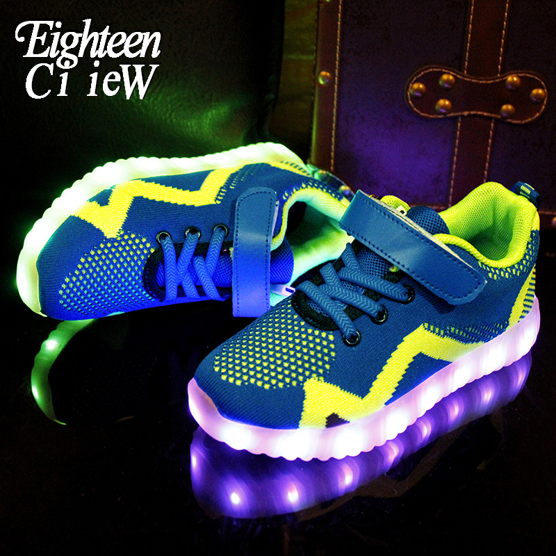 Desirca 2018 New Warm Like Home USB Charger Glowing Sneakers Led Children Lighting Shoes Boys Girls Illuminated Luminous Sneaker,Photo Color,9.5