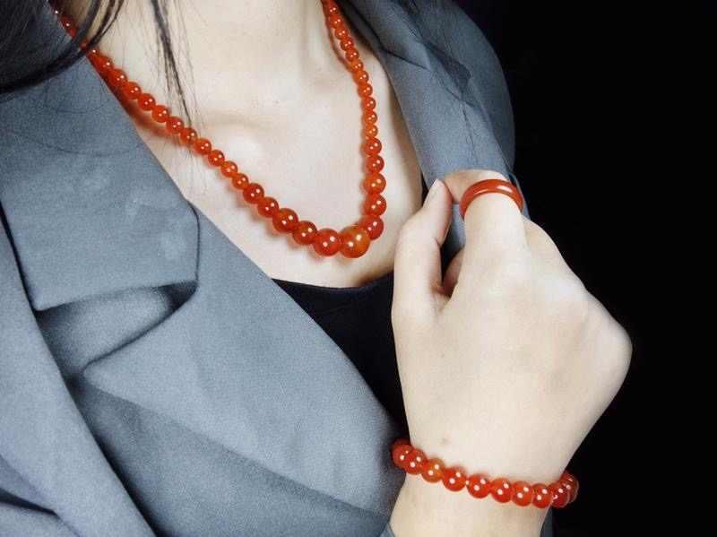 ธรรมชาติ Agate ลูกปัดสร้อยคอสร้อยข้อมือแหวนชุดเครื่องประดับ Charm แฟชั่นอุปกรณ์เสริมมือแกะสลัก Man Woman โชคดี Amulet