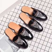 2020 Popular Half Slippers Man Summer Luxury Brand Men Shoes Half Drag Men Casual Slip on Shoes Black Blue Mens Fashion Footwear 2020 trend men half slippers brand designer flats men casual shoes slip on casual sneakers man summer half drag mens loafers