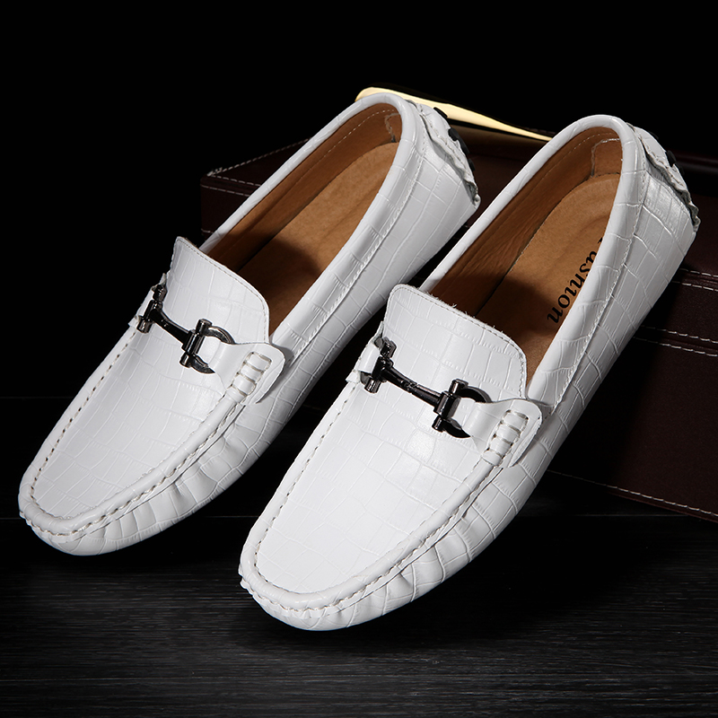 Mans Shoes Summer Breathable Casual Men Shoes Loafers Slip-On Men Car Gommino Driving Shoes Mens Boat Shoes Moccasins White