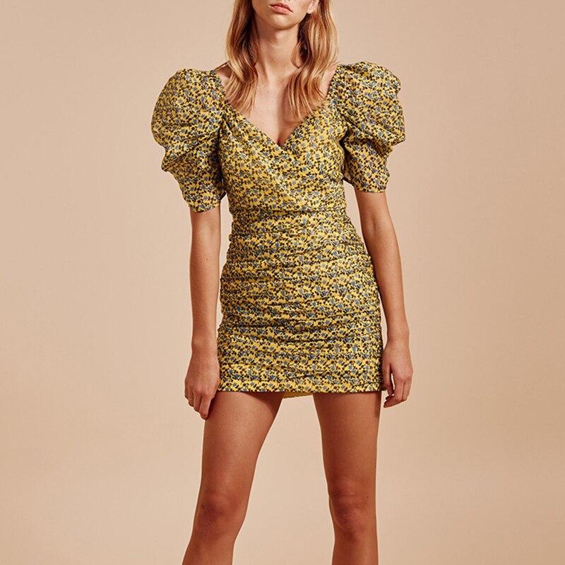 2019 nouveau Style élégant imprimé femmes robe col en V manches courtes bouffantes taille haute femme Mini robe vacances dame mode vêtements
