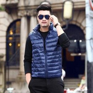 Image 3 - 2019 nouveau hiver blanc duvet doie gilet pour hommes automne chaud décontracté sans manches veste mâle lumière noir col montant manteau hommes WFY09