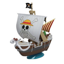 Original One Piece Luffy Shanks Boa Hancock Red Force Pirate Grand Ship THOUSAND SUNNY Going Merry DIY Assembling Toy Model