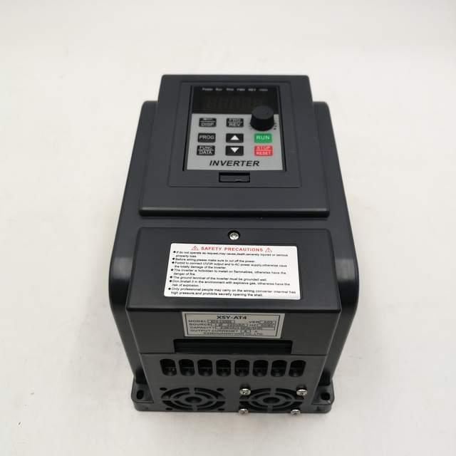 AT4 1.5KW/2.2KW 220V Eenfase Input En 380V 3 Fase Uitgang Frequentie Converter Drive/Frequentie Omvormer/Vfd Nieuwe