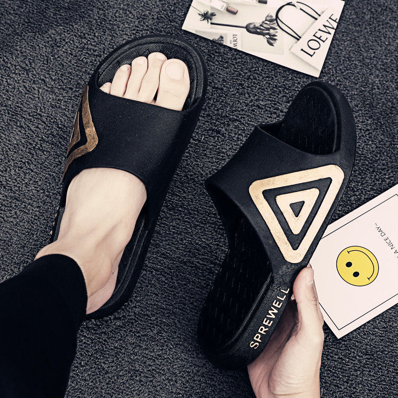 NEW Slippers Men's Summer Fashion Wear A Word Drag Men's Non-Slip Soft Bottom Personality Sandals Summer Outdoor Beach Shoes