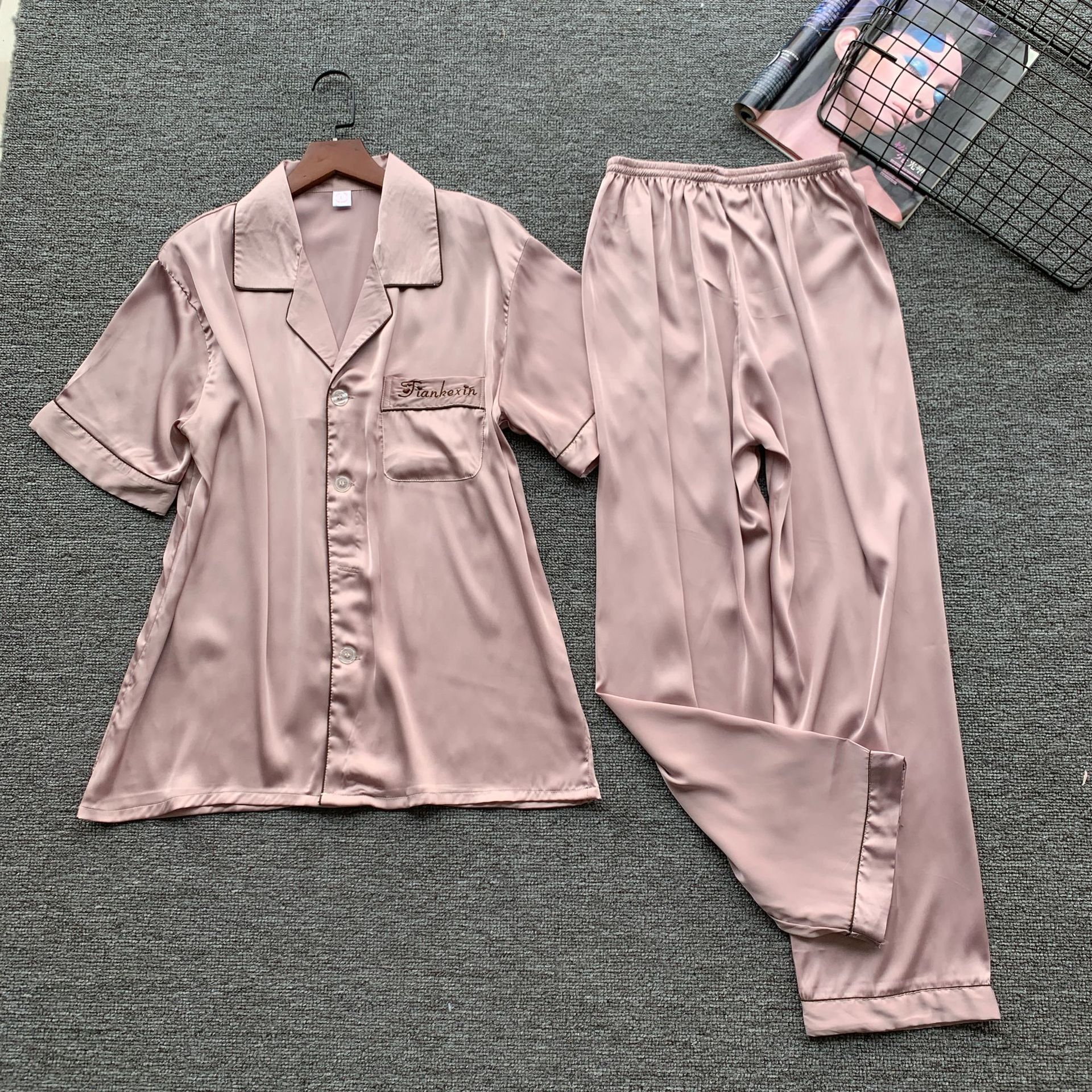 Pink Men 2pcs Sleepwear Satin Short Sleeve Top&pants Sleepwear Print Kimono Gown Casual Home Clothing Summer New Pajamas Suit