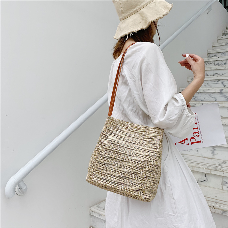 Fashion Simple Women Straw Bags Bohemian Beach Shoulder Bags Wicker Females Cross Body Bags Rattan Handbag Casual Knitting Bags