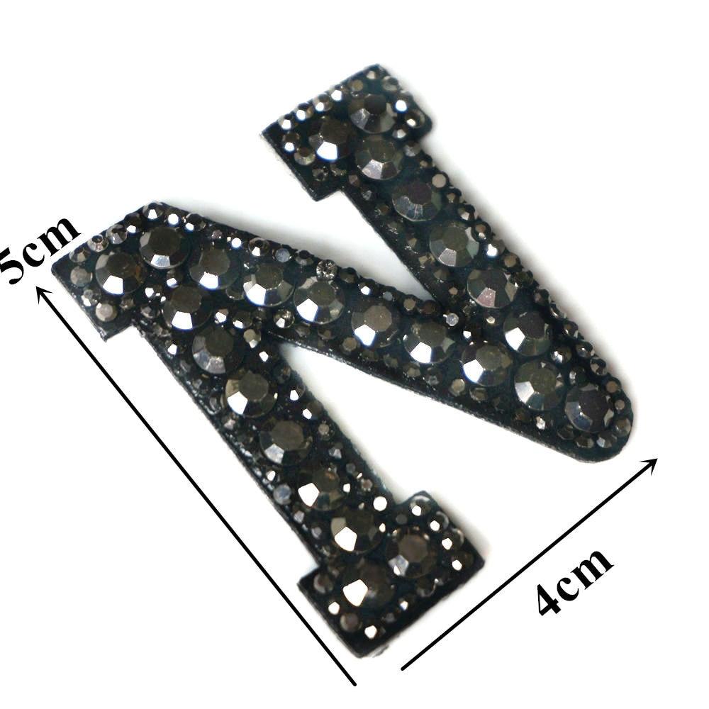 Черные стразы 26 букв алфавита ABC пришить железные нашивки блестящие Значки для имени DIY платье джинсы Аппликации украшения - Цвет: N