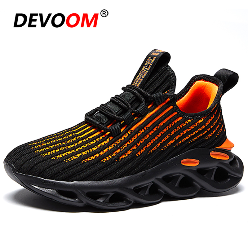 New Outdoor Mens Running Shoes Breathable Flyknit Spring White Trainers Sneakers Men Blade Sole Gym Sport Shoes Men Basket Homme